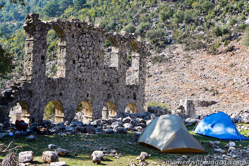 Camping at the Alakilise Ruins