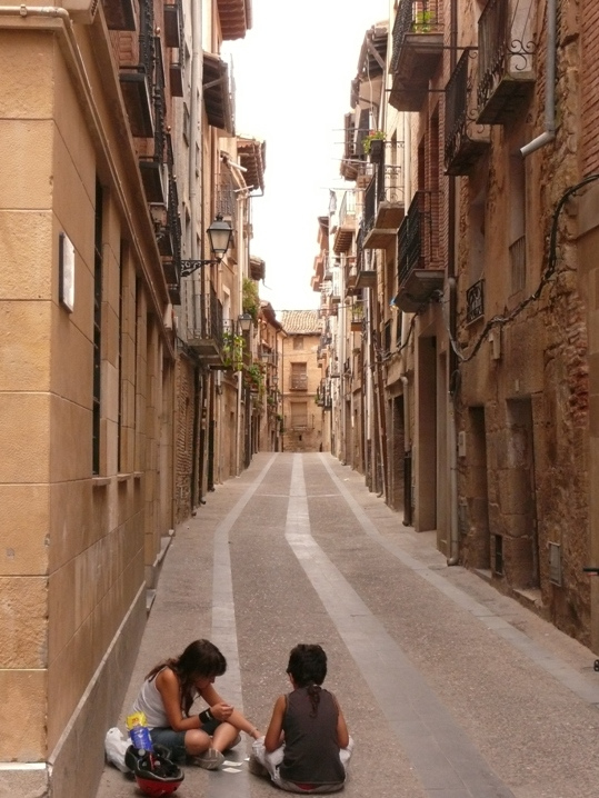 Streets of Viana (La Rioja) count millenniums, not ages.