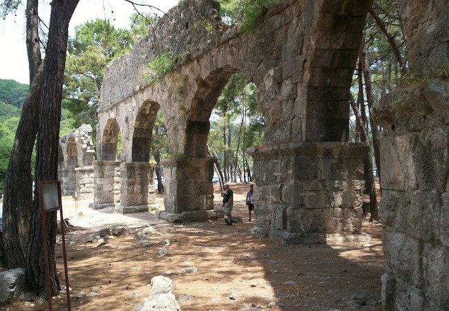 Lycian Way - Aqueduct at Phaselis